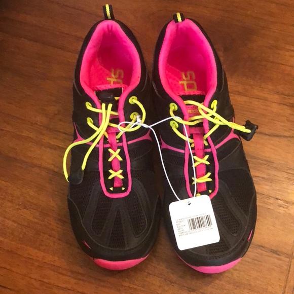 95f07468acf1 NWT Speedo Women s Hydro Comfort 4.0 Water Shoes